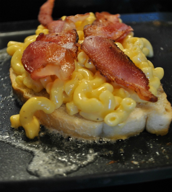 Grilled Mac and Cheese with Bacon