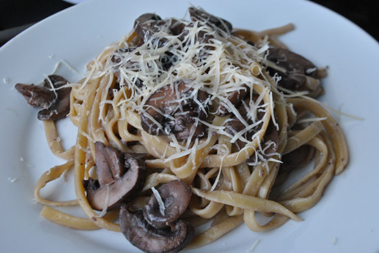 Pasta with Red Wine Cream Sauce