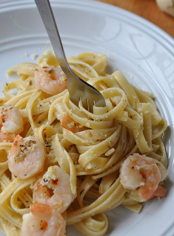 Garlic and Lemon Butter Shrimp with Fettuccine