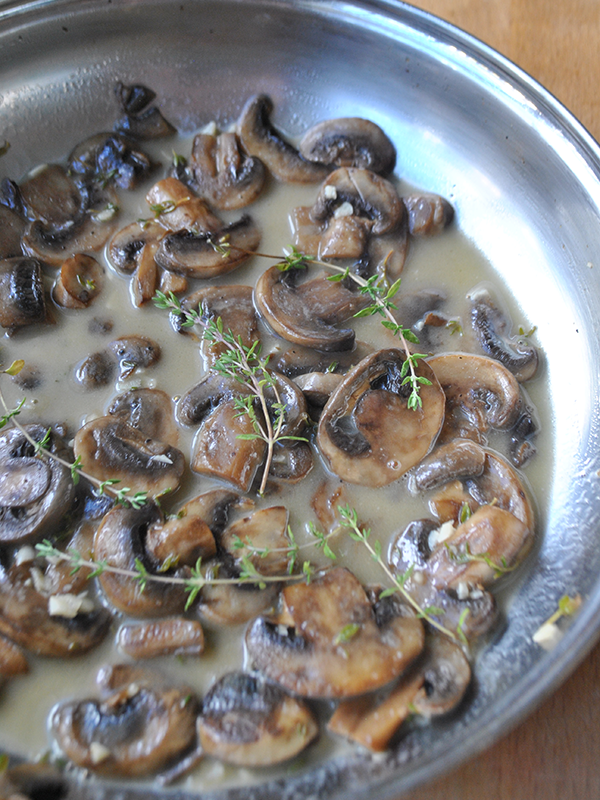 Skillet Mushrooms with Butter and Thyme