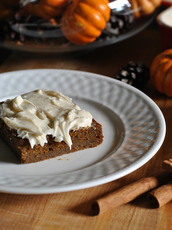 Pumpkin Molasses Bars with Cinnamon Cream Cheese Frosting