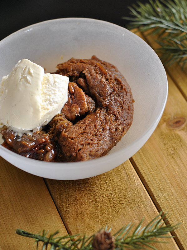 gingerbread cobbler dessert
