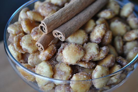 Cinnamon Sugar Oyster Crackers Mac Molly